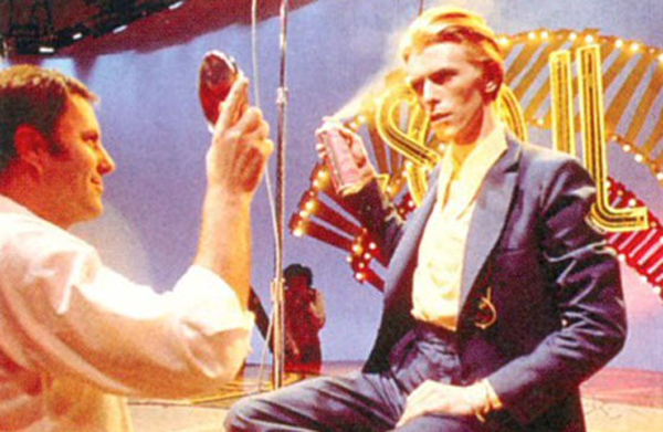 David Bowie - One of only 2 white performers, preps to sing FAME