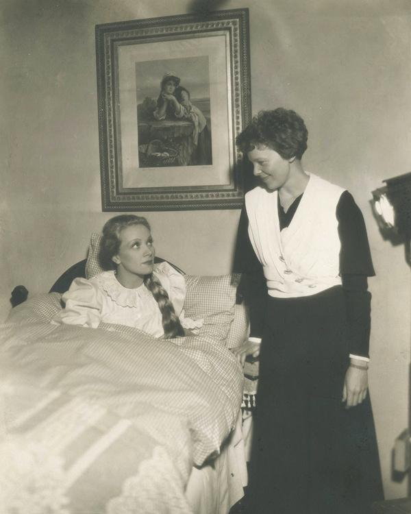 Marlene Dietrich & Amelia Earhart