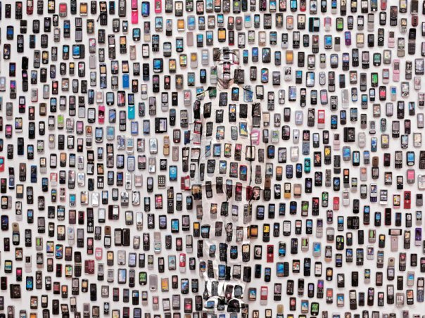 liu-bolin-art-hi-res-hide-in-the-city-china-camouflage-painting-26