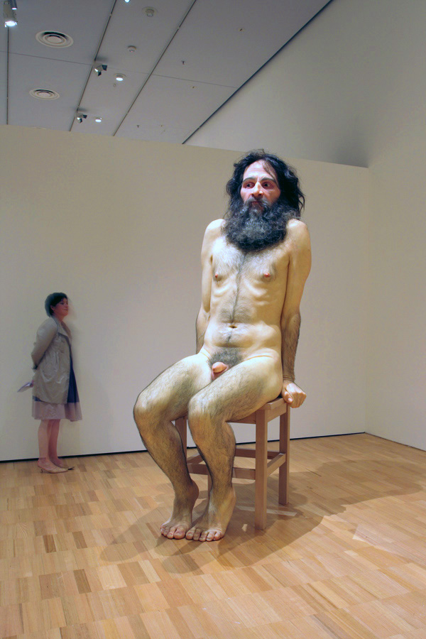 Hyper realistic sculptures Ron Mueck makes these amazing ...
