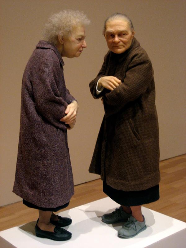 ron-mueck-hyper-realistic-human-sculptures-14