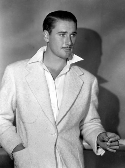 Errol Flynn 1938