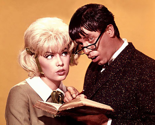 The Nutty Professor - Stella and an idiot