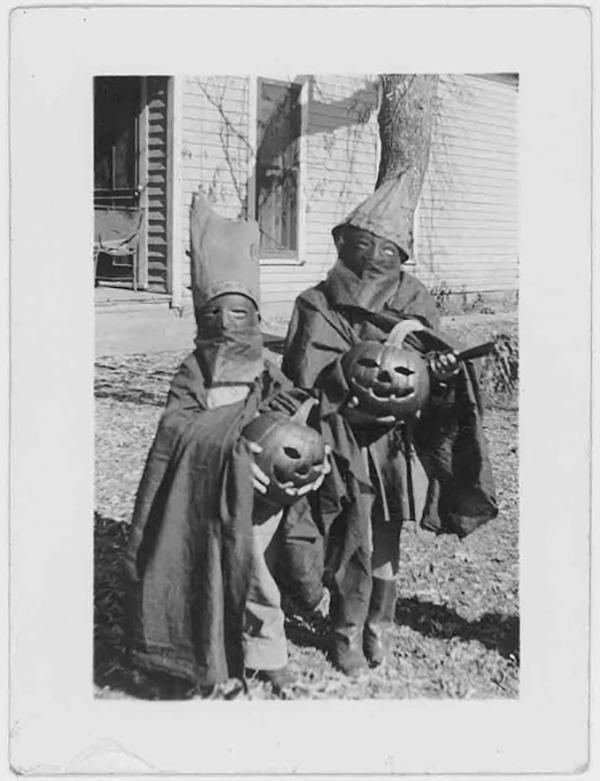 vintage-halloween-snapshot