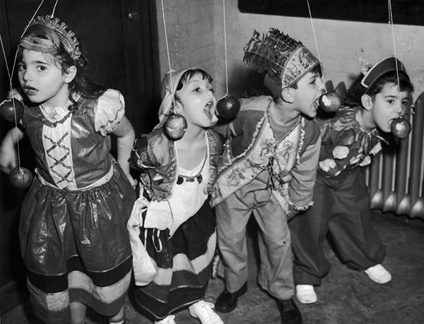vintage-kids-halloween-8_151111487737