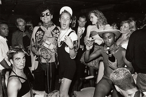 With writer Michael Musto (sunglasses) and some 'Club Kids'