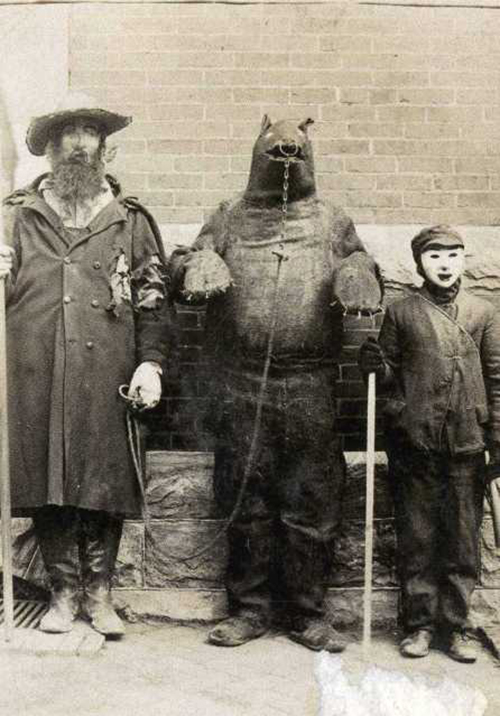 Halloween-Costumes-—111