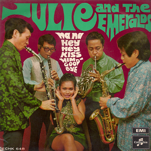 Hey, Hey, Na, Na - Julie and the Emeralds