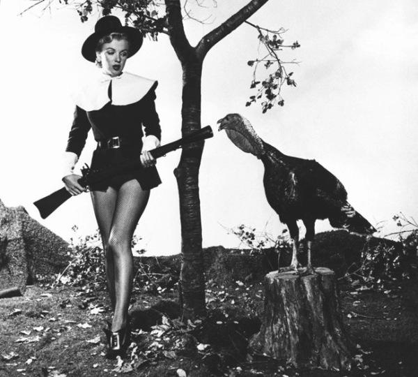 marilyn-monroe-pilgrim-thanksgivingjpg