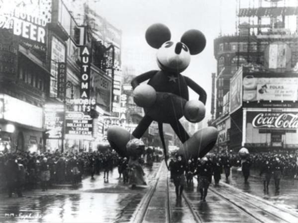 thanksgiving-day-parade-vintage