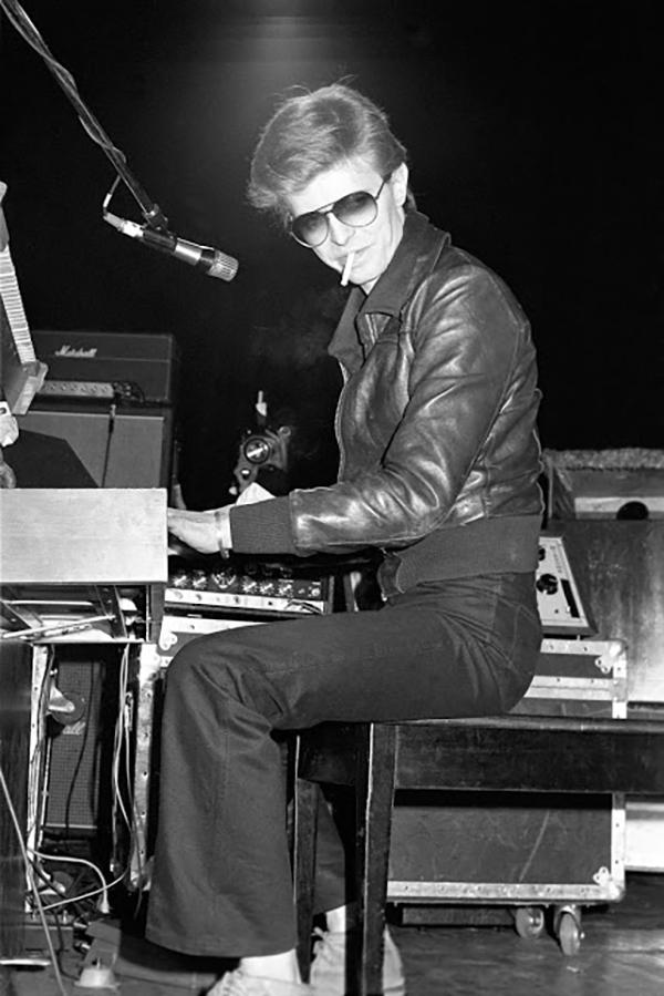 iggy-pop-david-bowie-on-tour-1977-10